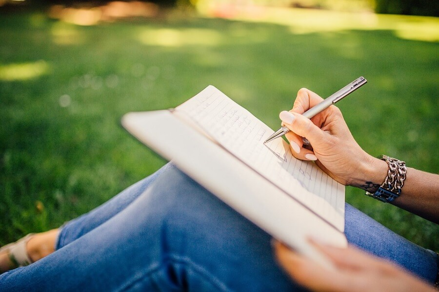 online creative writing courses woman park