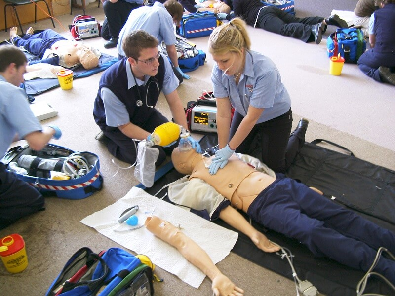 top 5 emt training online programs for obtaining your qualification
